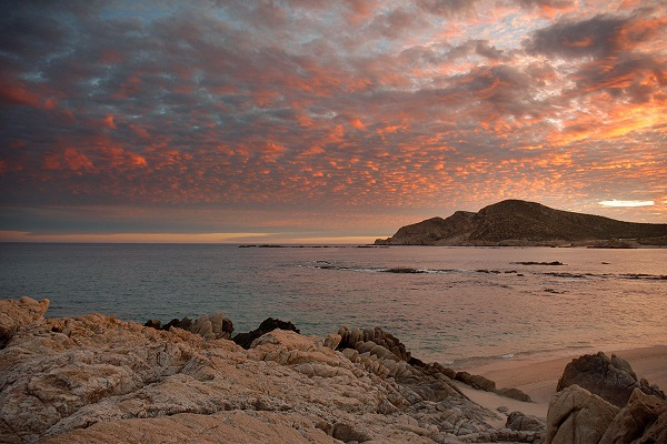 most popular beach in cabo, chileno bay, los cabos real estate, cabo real estate, cabo san lucas real estate, nick fong