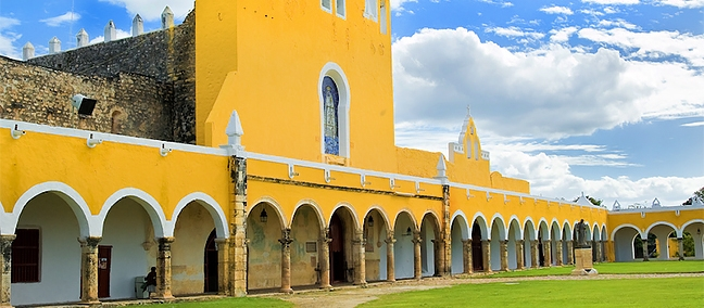 Izamal (city of the 3 cultures)