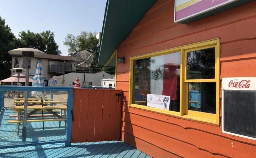 饭店出售(物业+生意)!位于Regina Beach湖滨小镇。