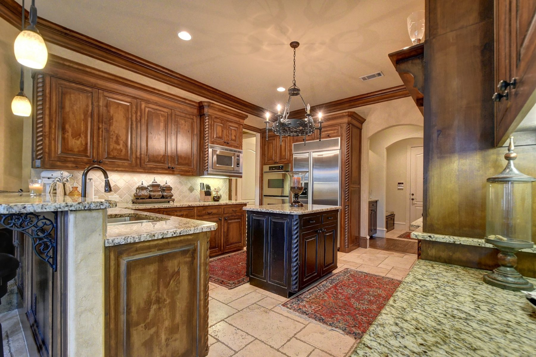 Ranch Style Luxury Home - Castle Pines CO