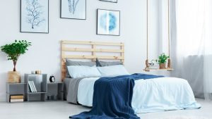 5 Ways to Fill Your Space Above Your Bed